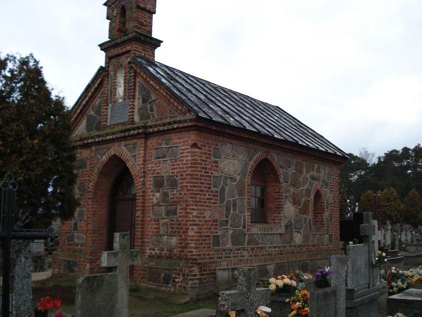 2007-01-14 Żelazna - cmentarz parafialny (8)
