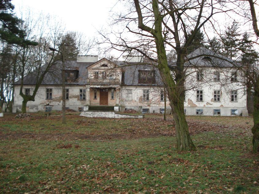2007-01-14 Wilkowice - pałac (14)