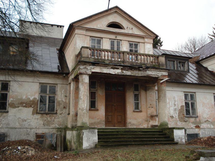 2007-01-14 Wilkowice - pałac (8)