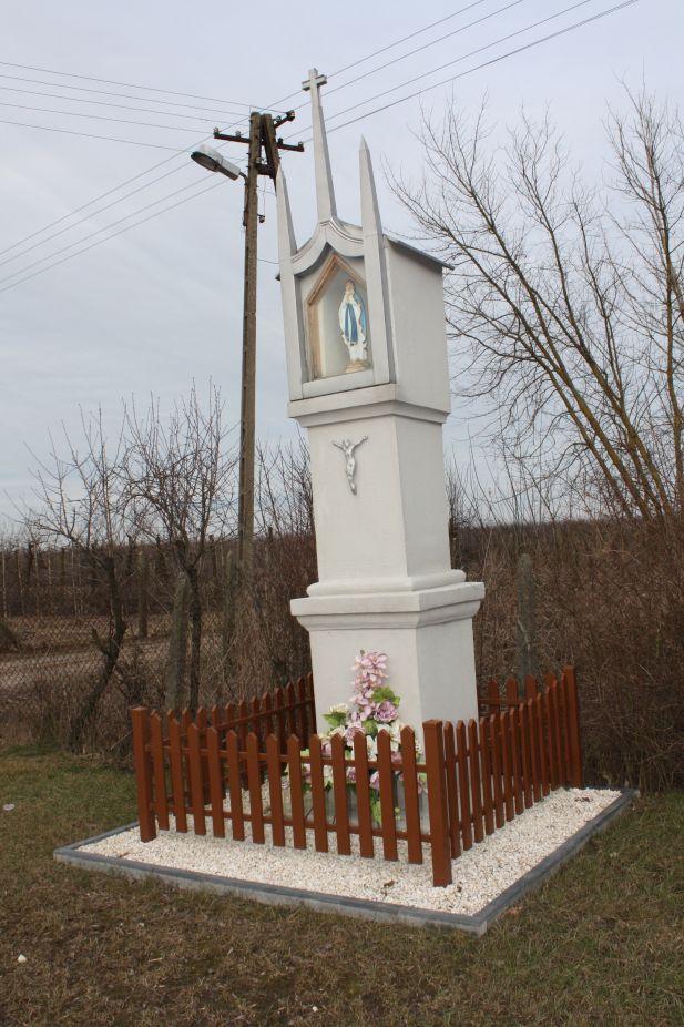 2019-02-23 Kaleń kapliczka nr1 (4)
