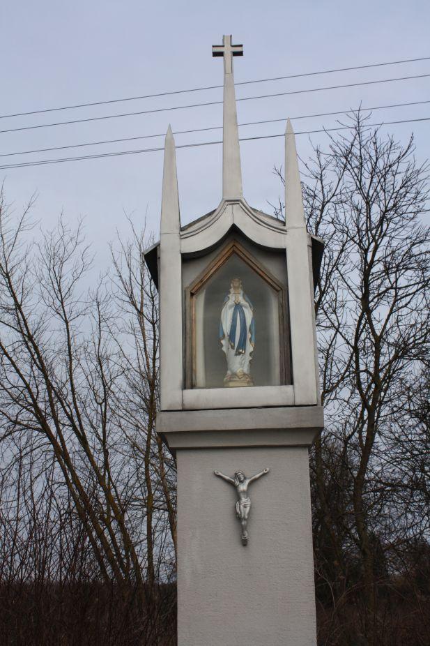 2019-02-23 Kaleń kapliczka nr1 (9)