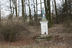 2019-02-23 Kaleń kapliczka nr2 (1)