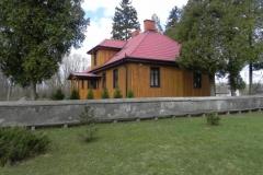 2011-04-10 Inowłódz - kościół murowany (1)