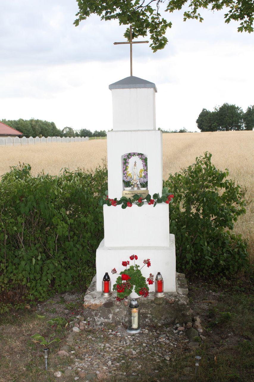 2018-07-01 Kolonia Głuchówek kapliczka nr1 (3)