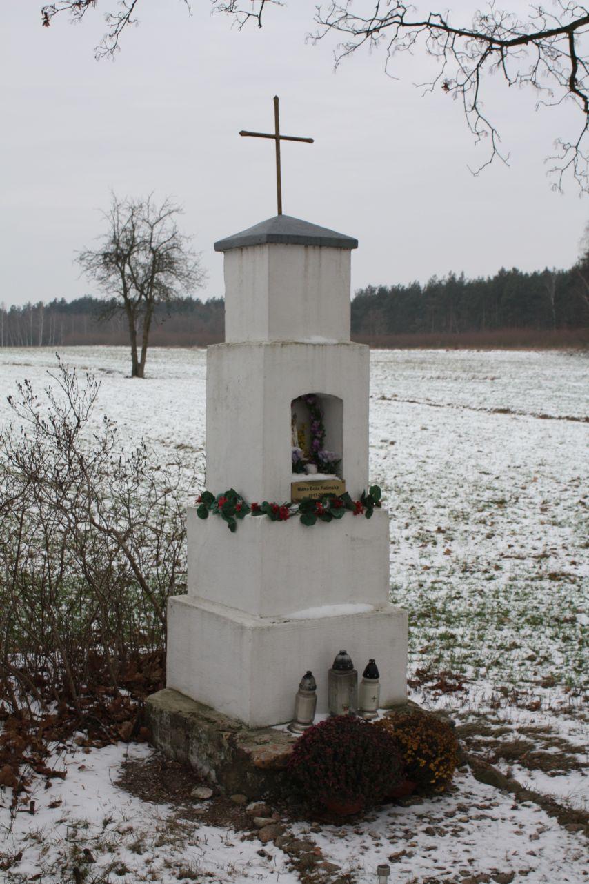 2018-12-20 Kolonia Głuchówek kapliczka nr1 (2)