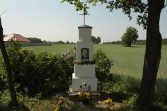 2018-05-04 Kolonia Głuchówek kapliczka nr1 (17)