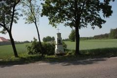 2018-05-04 Kolonia Głuchówek kapliczka nr1 (3)