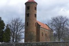2011-04-10 Inowłódz - kościół mur. św. Idziego (2)