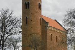 2011-04-10 Inowłódz - kościół mur. św. Idziego (6)