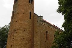 2011-07-31 Inowłódz - kościół mur. św. Idziego (6)