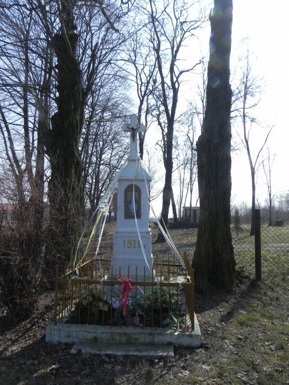 2018-03-25 Kuczyzna kapliczka nr1 (3)