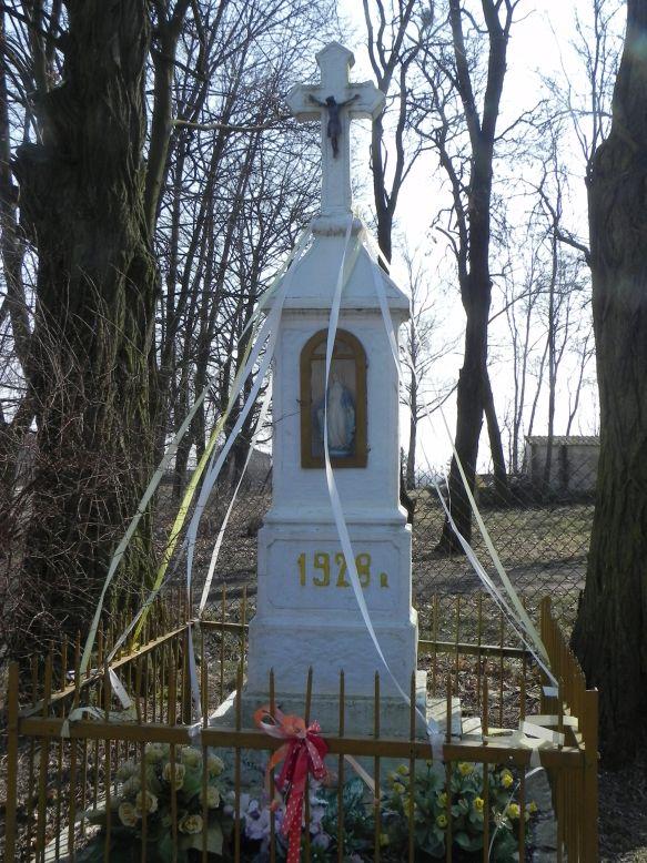 2018-03-25 Kuczyzna kapliczka nr1 (4)