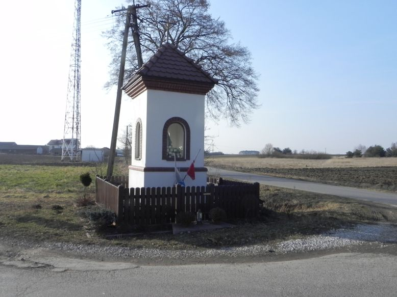 2018-03-25 Lipie kapliczka nr2 (3)
