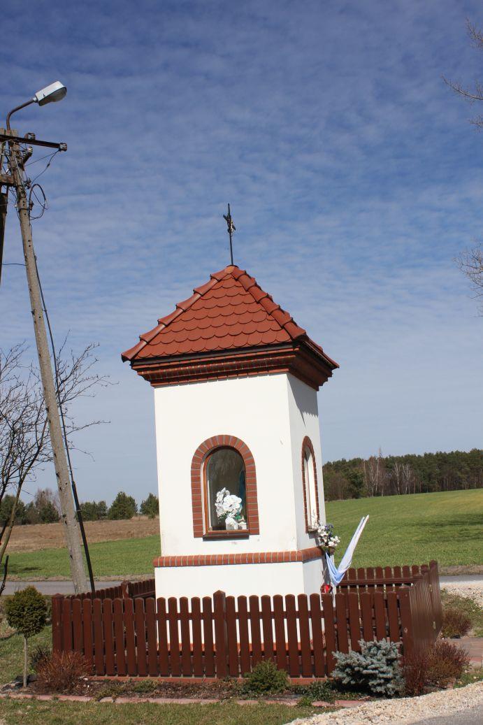 2019-03-24 Lipie kapliczka nr2 (2)