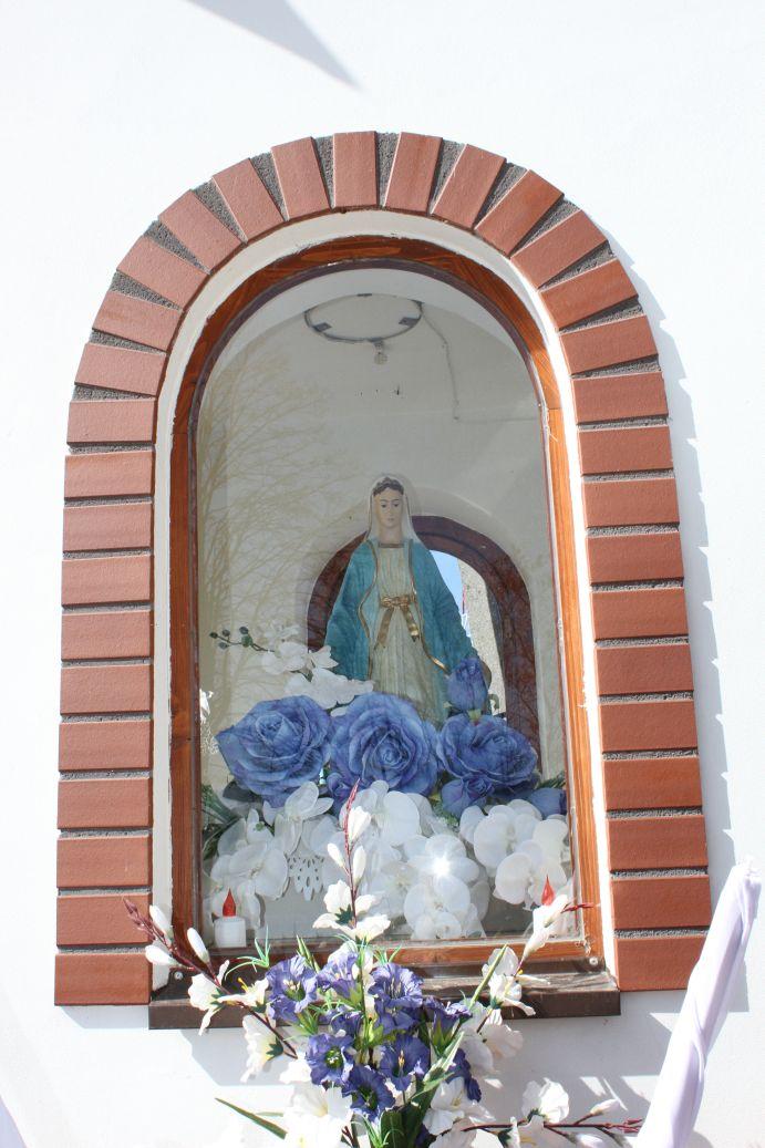 2019-03-24 Lipie kapliczka nr2 (7)