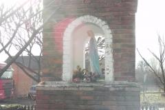 2011-02-09 Lipie kapliczka nr2 (4)
