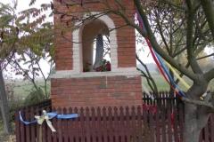 2011-10-30 Lipie kapliczka nr2 (1)