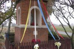 2011-10-30 Lipie kapliczka nr2 (4)