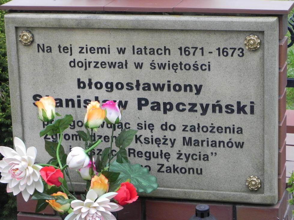 2014-04-19 Lubocz kapliczka nr2 (2)