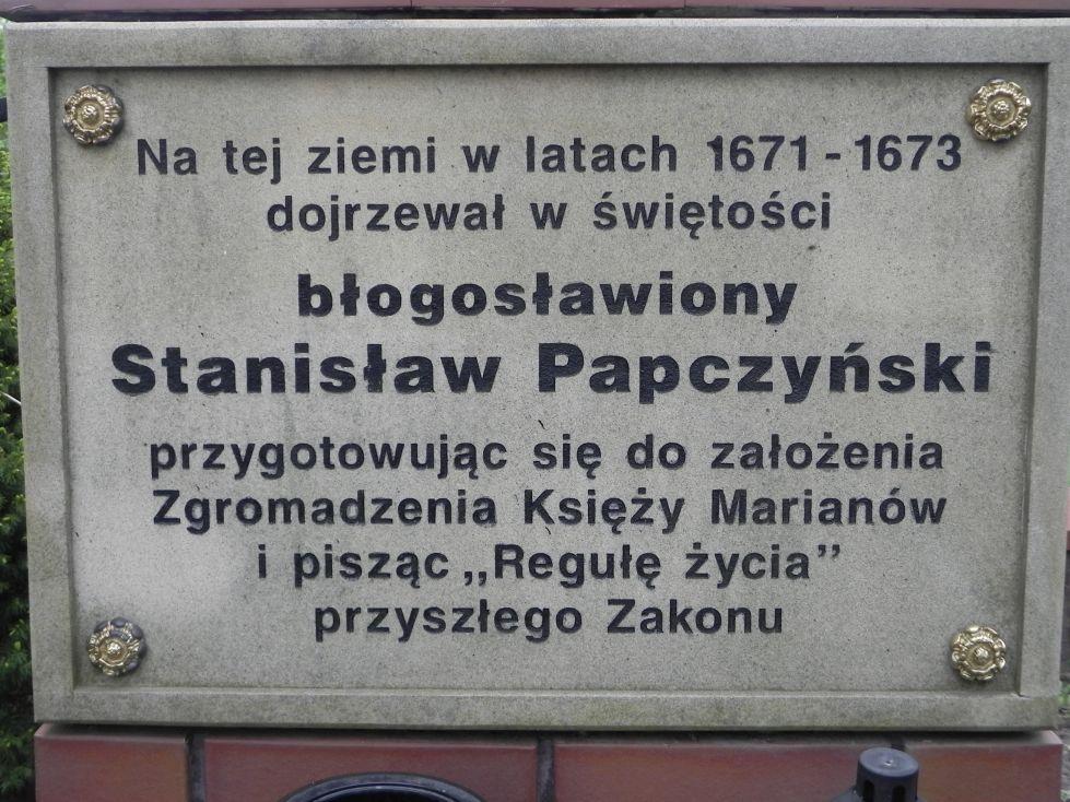 2014-04-19 Lubocz kapliczka nr2 (5)