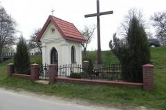 2014-04-19 Lubocz kapliczka nr2 (1)