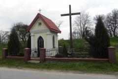 2014-04-19 Lubocz kapliczka nr2 (3)