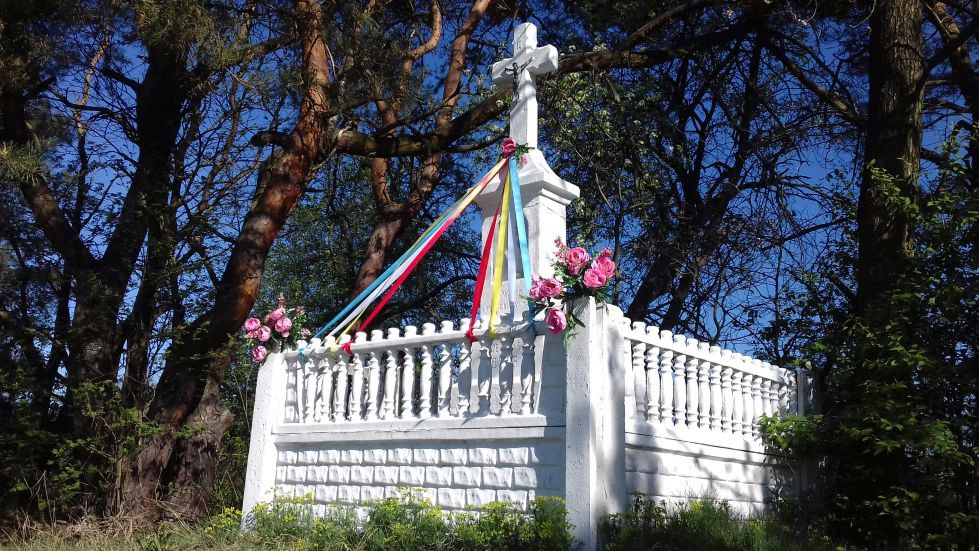 2018-04-22 Łęgonice Małe kapliczka nr1 (5)