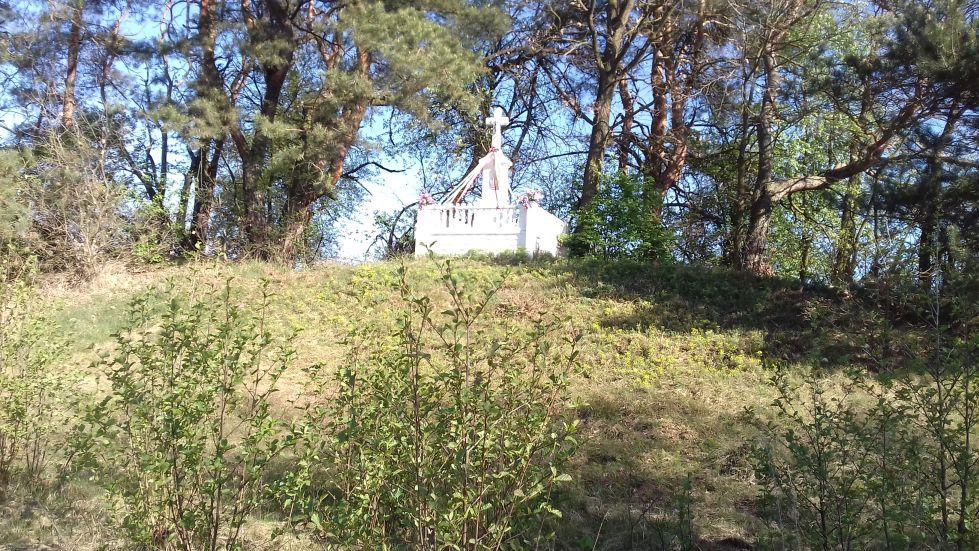 2018-04-22 Łęgonice Małe kapliczka nr1 (9)