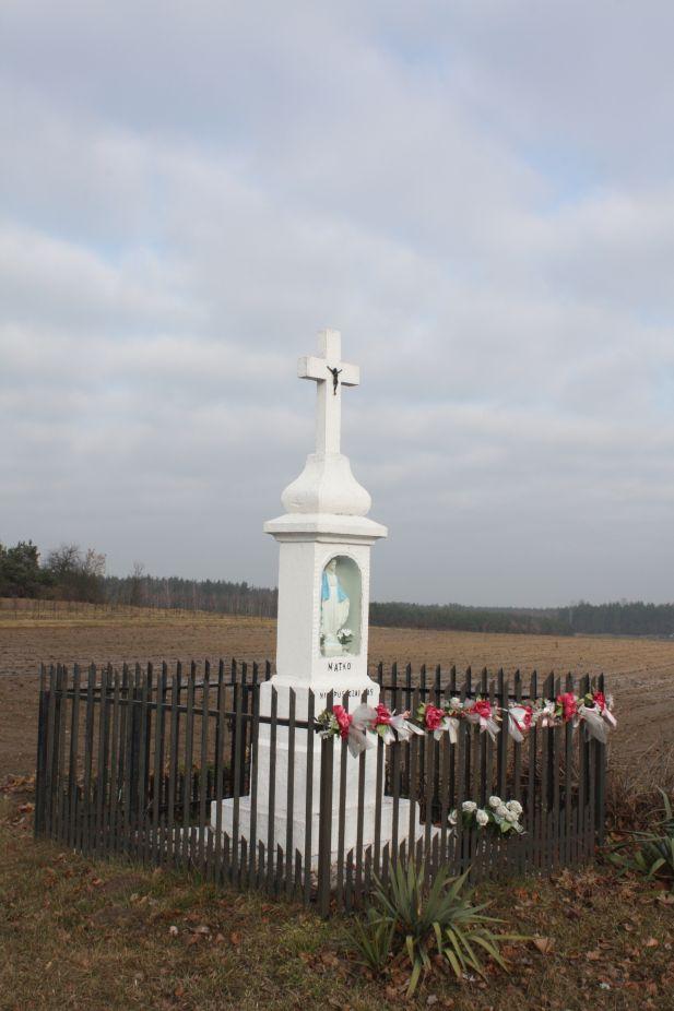2019-02-15 Łęgonice Nowe kapliczka nr2 (15)