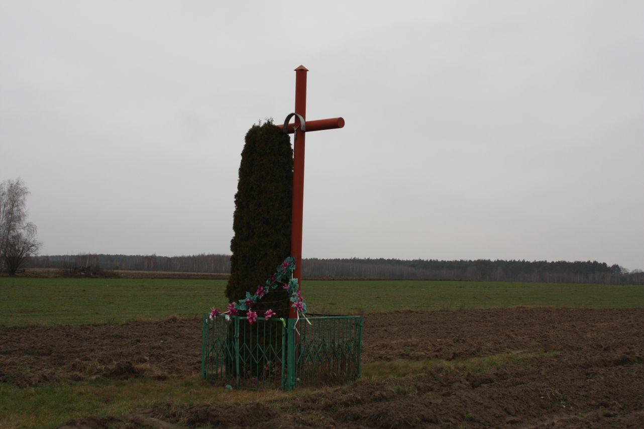 2018-12-23 Nowa Mała Wieś krzyż nr3 (1)