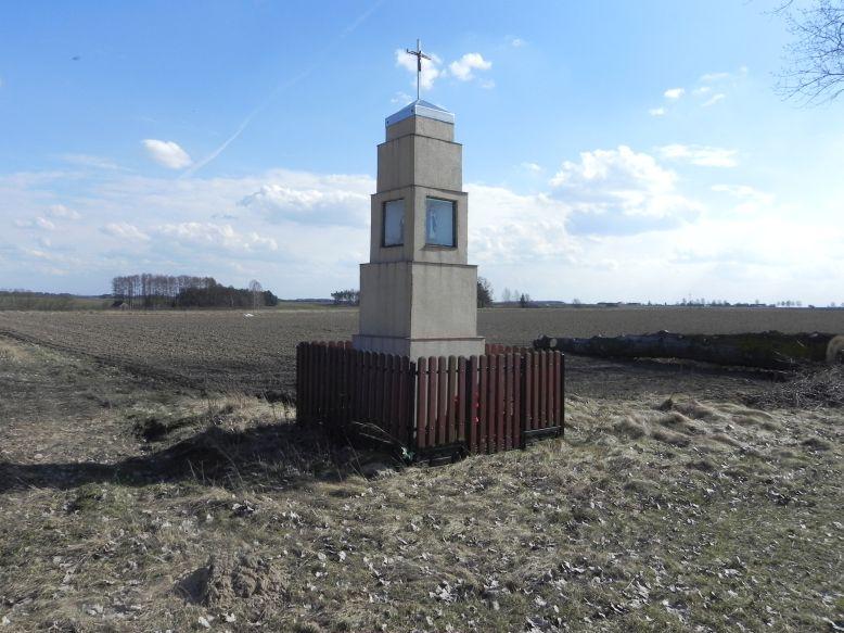 2018-04-05 Bobrowiec kapliczka nr2 (1)