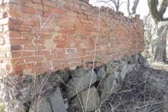 2018-04-08 Brzozówka - mur i piwnice (8)