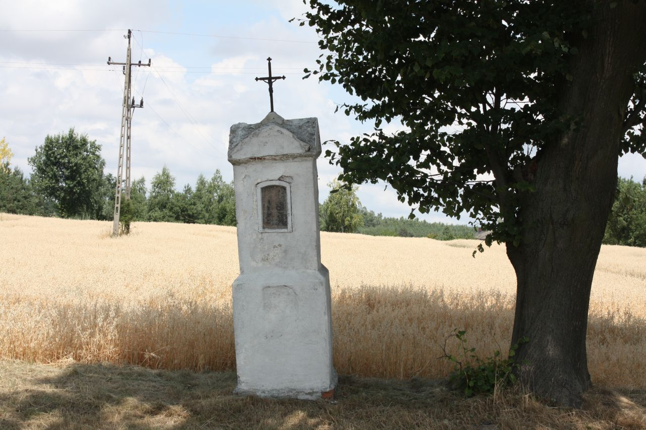 2018-08-07 Miłochniewice kapliczka nr1 (1)