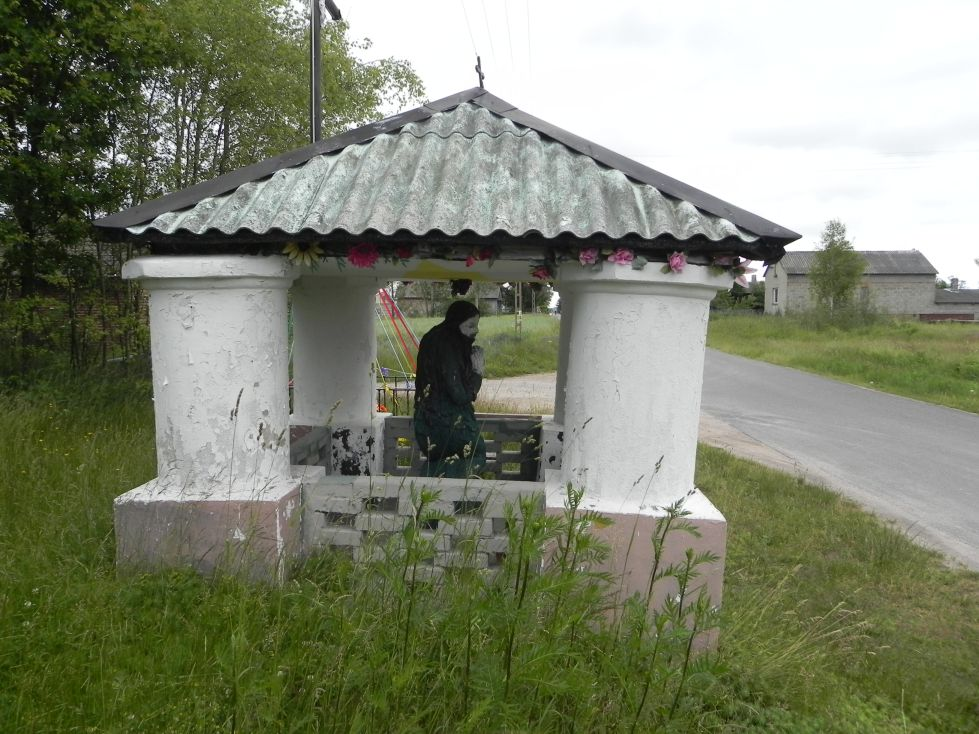 2014-06-15 Modrzewek kapliczka nr2 (6)