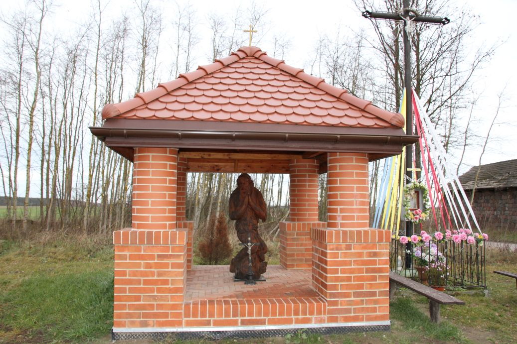 2019-12-15 Modrzewek kapliczka nr2 (10)