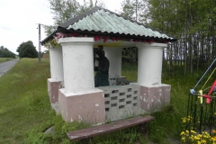 2014-06-15 Modrzewek kapliczka nr1 (2)
