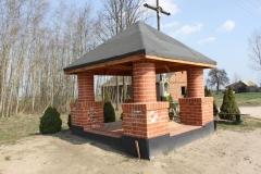 2019-03-31 Modrzewek kapliczka nr2 (1)