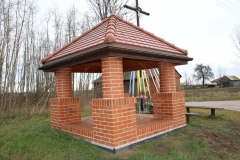 2019-12-15 Modrzewek kapliczka nr2 (9)