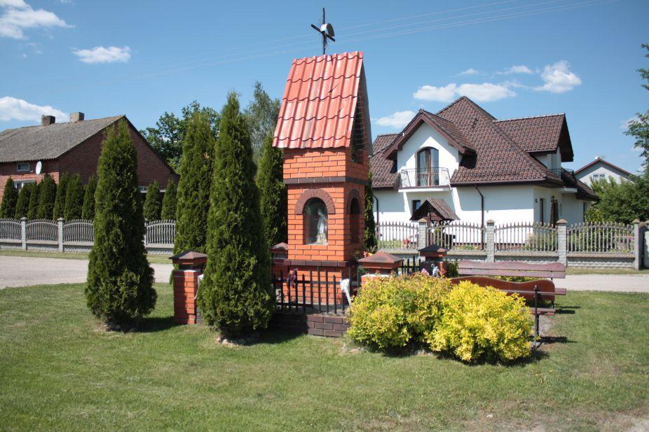 2018-05-13 Mroczkowice kapliczka nr1 (16)