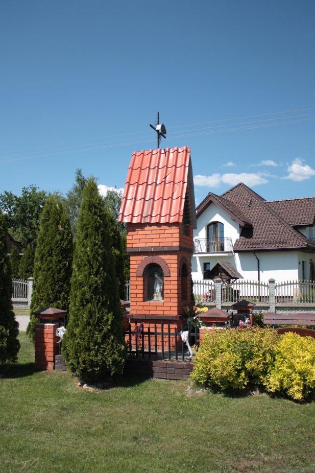 2018-05-13 Mroczkowice kapliczka nr1 (18)