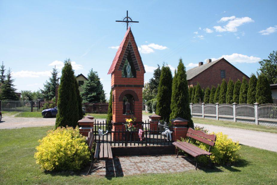 2018-05-13 Mroczkowice kapliczka nr1 (19)