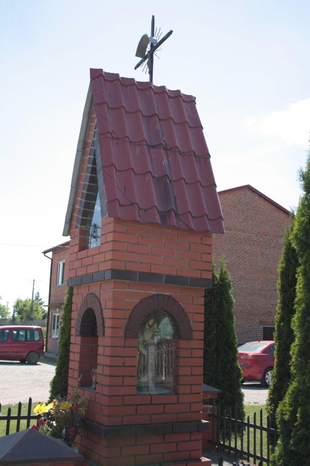 2018-05-13 Mroczkowice kapliczka nr1 (22)