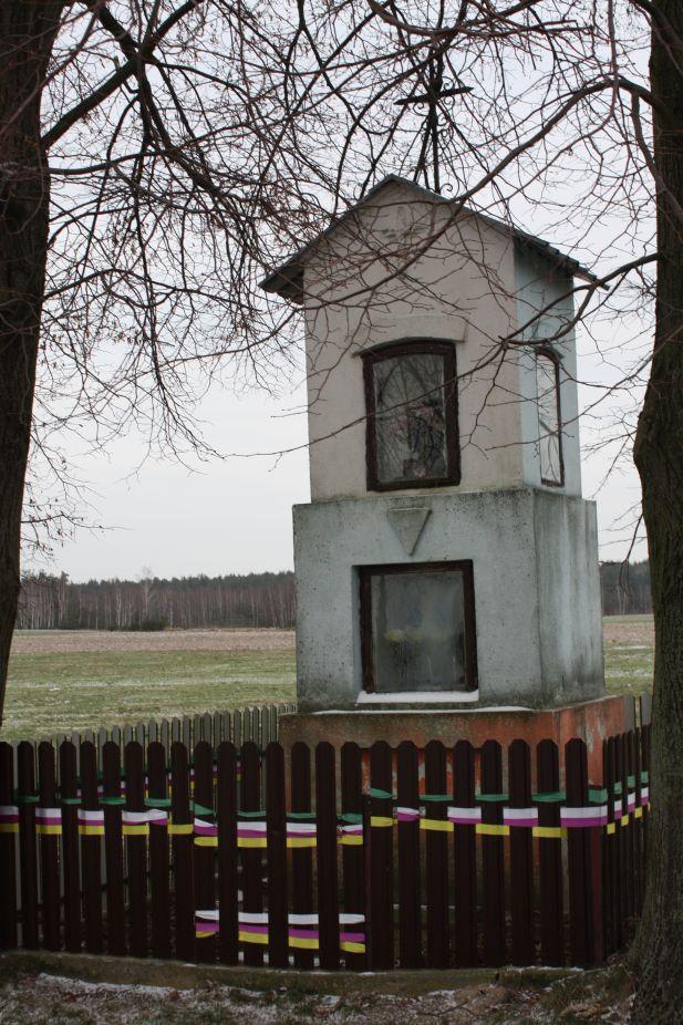 2019-01-19 Nowa Strzemeszna kapliczka nr1 (4)