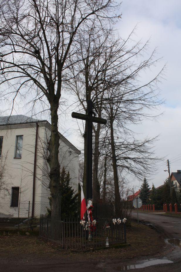 2019-02-15 Olszowa Wola krzyż nr1 (1)