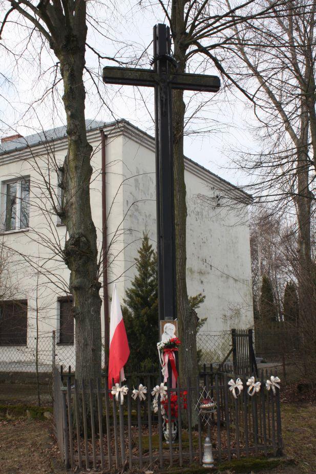 2019-02-15 Olszowa Wola krzyż nr1 (2)