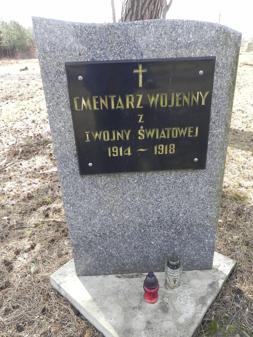 2011-03-23 Cielądz - cm. z I wojny światowej (1)
