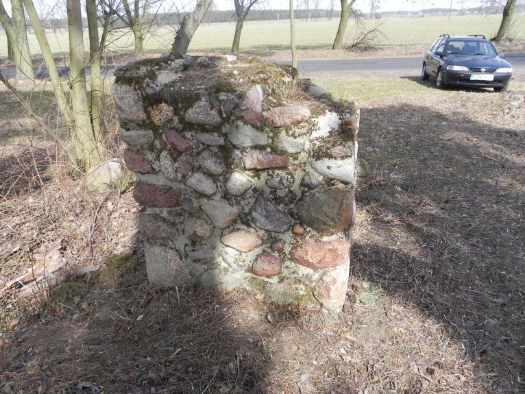 2011-03-23 Cielądz - cm. z I wojny światowej (2)