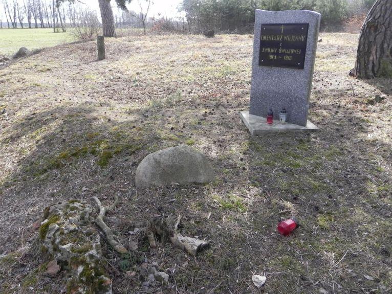 2011-03-23 Cielądz - cm. z I wojny światowej (4)