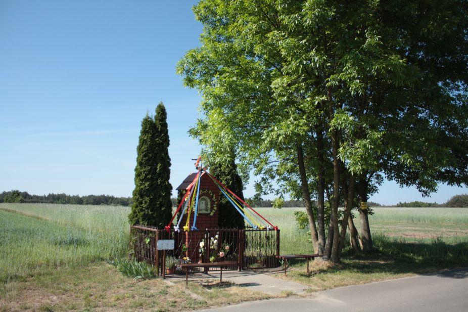 2018-05-13 Ossowice kapliczka nr1 (1)