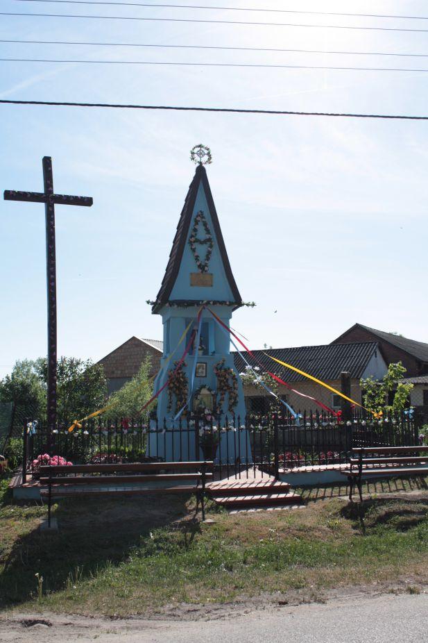 2018-05-13 Ossowice kapliczka nr2 (1)